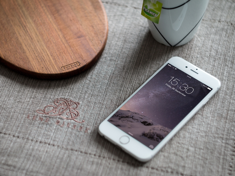iPhone 6 Photography Mock-up