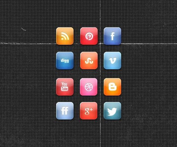 A Nice Glossy Free Social Media Icon Set